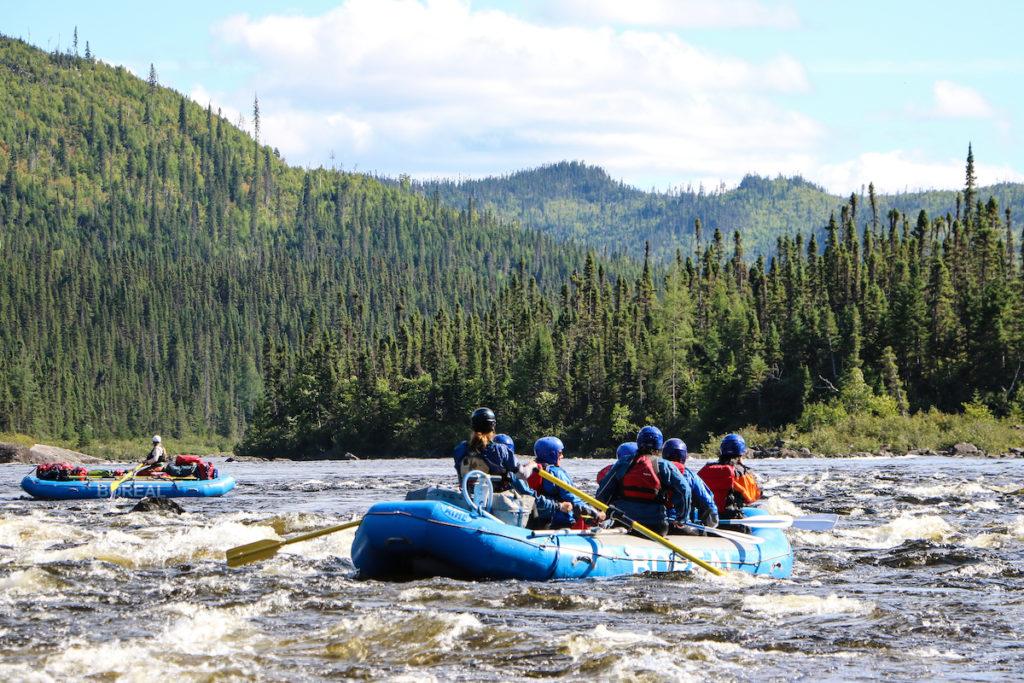 White water raft tour on the Magpie